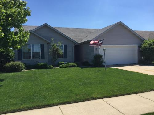 Spotless 4 bedroom home close to Notre Dame campus