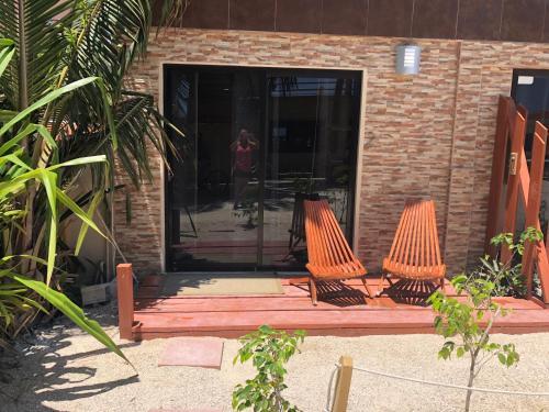 Beachfront Unit 2 - The Club at Caye Caulker, Caye Corker