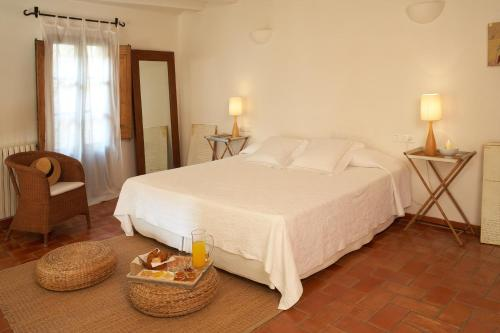 Suite Hotel la Plaça Madremanya 8