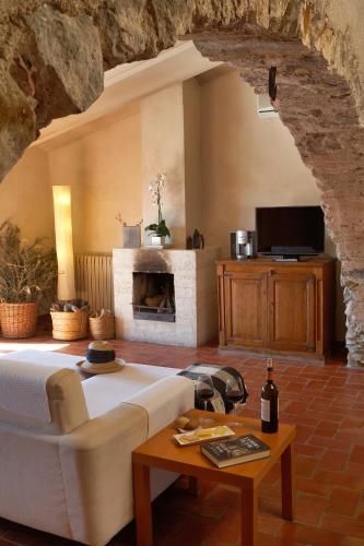 Suite Hotel la Plaça Madremanya 15