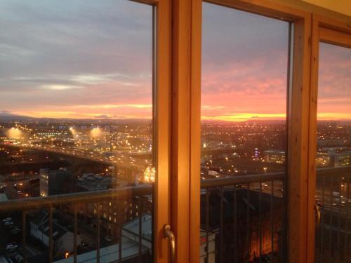 Suite 16 Glasgow,Glasgow