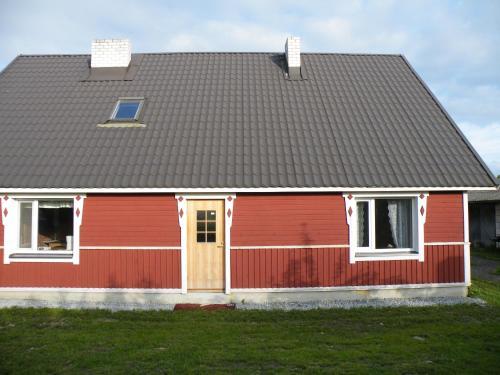 Haikaranpesä Pärna Holiday Home