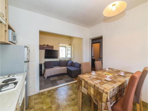 Two-Bedroom Apartment in Kastel Sucurac