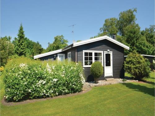Two-Bedroom Holiday Home in Vaggerlose, Bøtø By