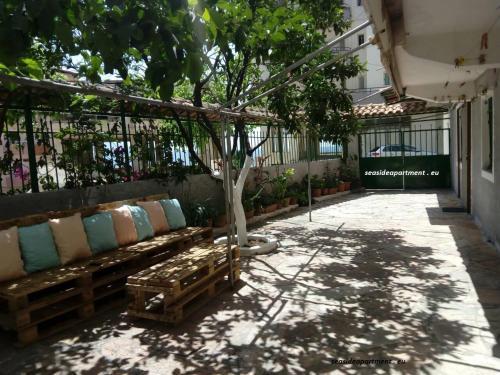 Sea side Studio, Saranda