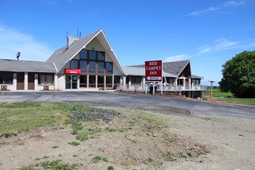 Red Carpet Inn North East