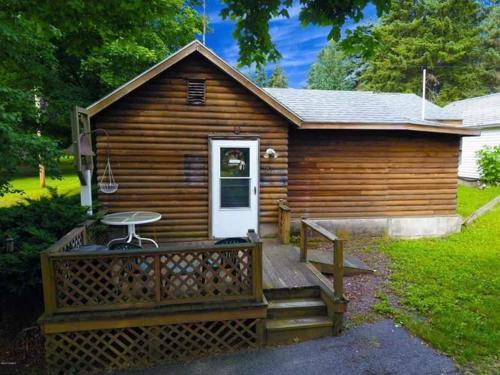 Country Farm Cabin
