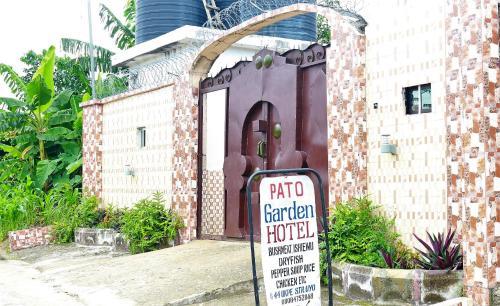Pato Garden Hotel