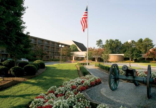 Fort Magruder Hotel and Conference Center, Williamsburg - Promo Code Details