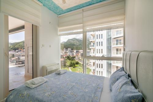 Apartament cu 2 dormitoare şi vedere spre munte (Two-Bedroom Apartment with Mountain View)