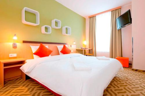 ibis Styles Berlin City Ost photo 11