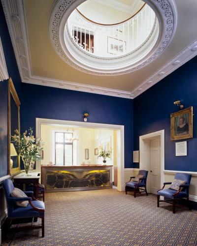 Www Rentalhomes Com: Ballymascanlon House Hotel, Dundalk