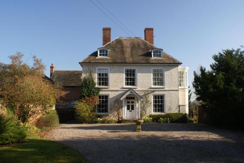 Trelough House B&B,Hereford