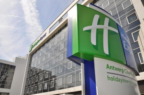 Holiday Inn Express Antwerpen City North photo 4