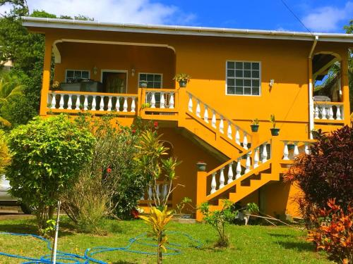 Pure Grenada Stay, Quiet, Relaxing & Accessible, Marian