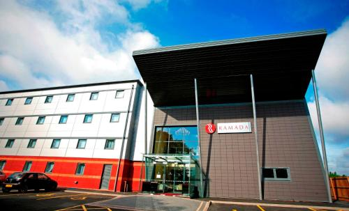 Photo of Ramada Birmingham Oldbury M5 J2 Hotel Bed and Breakfast Accommodation in Birmingham West Midlands