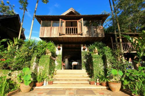 Baanrai Lanna Resort