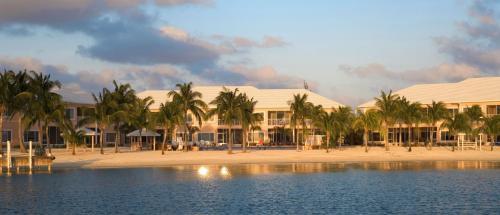 Kaibo Yacht Club by Cayman Villas, Driftwood Village