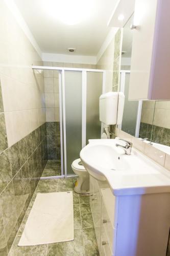 Apartments & Rooms Krk