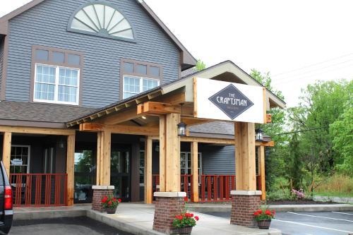 The Craftsman Inn & Suites