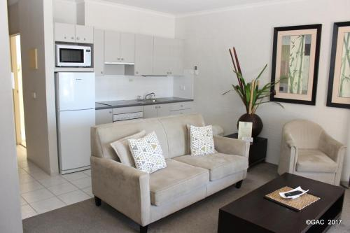 Studio with Spa Bath Mollymook Cove Apartments