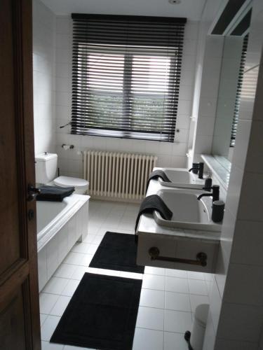 Ann's Room - Bruges
