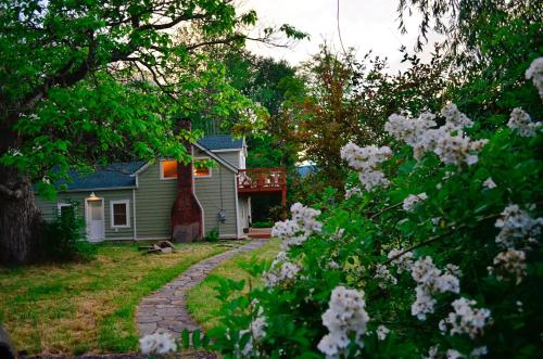 Romantic, Magical Cottage in Catskills nr Woodstock