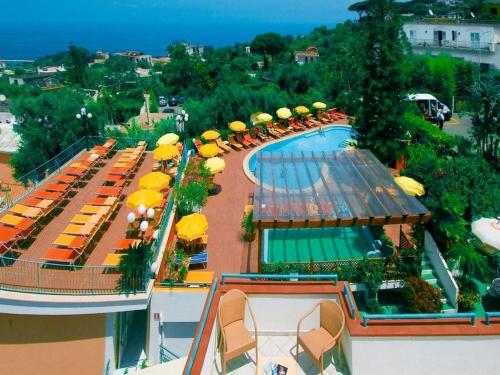 Отель Hotel Terme La Pergola 3 звезды Италия