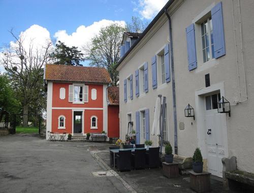 Maison Rouge du Petit Chateau