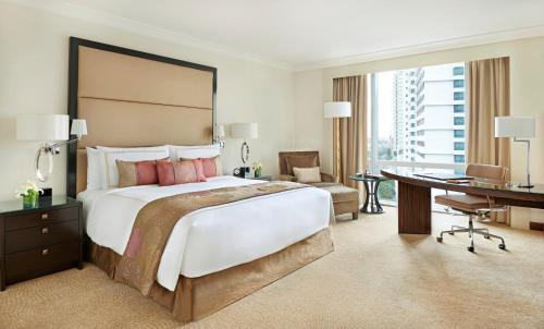 Fairmont Gold Double or Twin Room