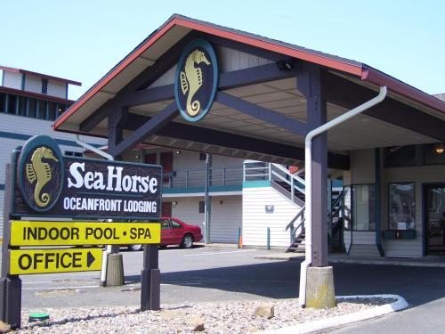 Sea Horse Oceanfront Lodging