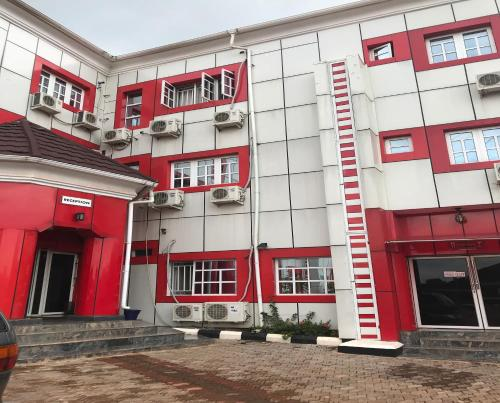 Jim-Eddy Suites, Enugu