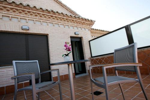 Habitación Doble con terraza - 1 o 2 camas Hotel la Bastida 8