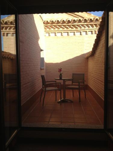 Habitación Doble con terraza - 1 o 2 camas Hotel la Bastida 6