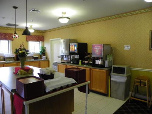 Bar Harbor Maine Hotels With Kitchens