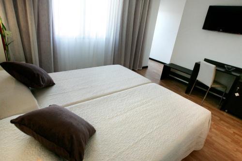 Habitación Doble - 1 o 2 camas Hotel la Bastida 10