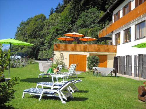 Ferienwohnungen Theresienhof - Apartment mit 2 Schlafzimmern mit Balkon