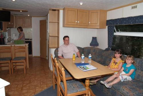 Three-Bedroom Comfort Mobile Home (6 adults)