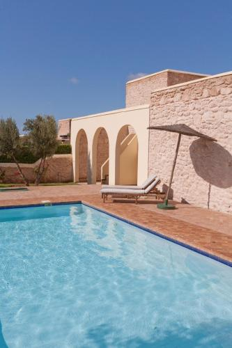 Villa con 3 dormitorios y piscina privada (Three Bedroom Villa with Private Pool)