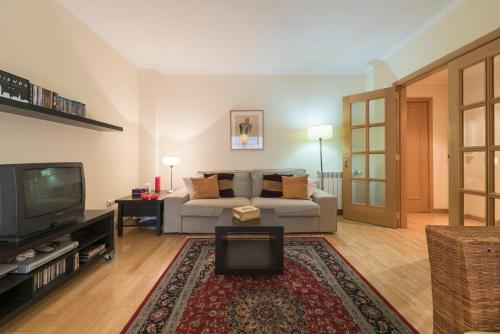 BmyGuest - Oporto Garage Apartment
