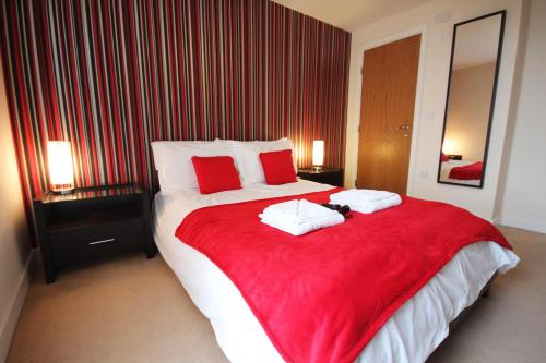 Photo of Prime Location Lets - Vizion Apartments Self Catering Accommodation in Milton Keynes Buckinghamshire