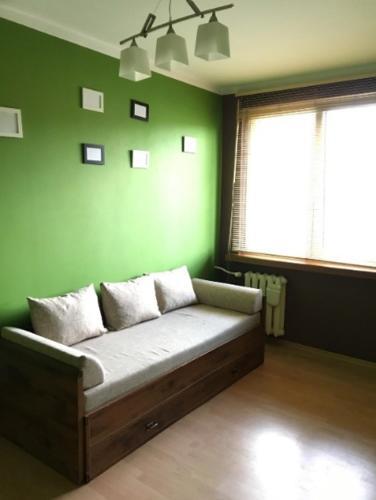 Penguin Rooms 7210