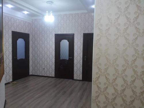 Liuks, Bishkek