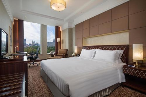Radisson Blu Hotel Shanghai New World, Шанхай