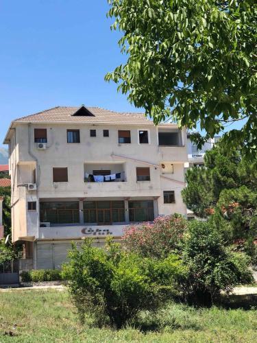 View Hotel, Gjirokastër