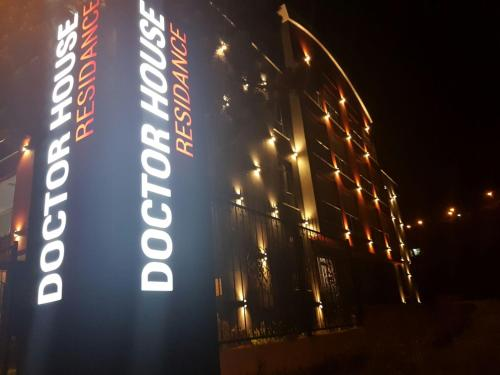 Doctor House Hotel