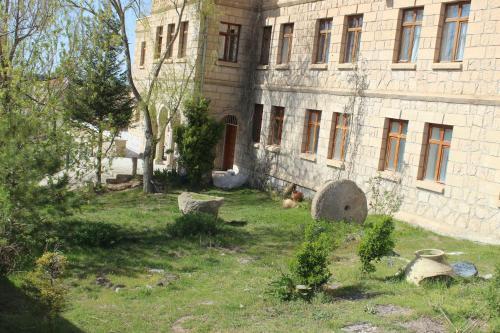 Kapadokya Stonelake Hotel, Гюзельюрт