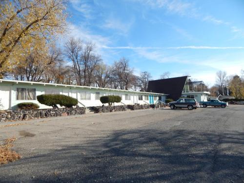 Y INN Motel