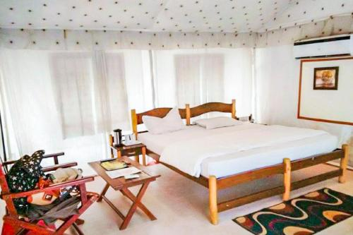 1-BR tent in Ramnagar, by GuestHouser 8893