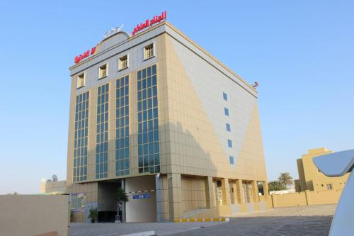 Royal Suite Hotel Apartments, Al Ḩuwayl